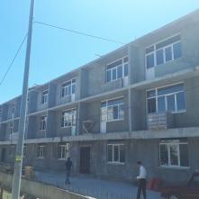 Вид с торца дома на этапе строительства